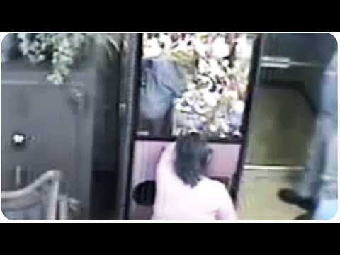 gets - Vote for JukinVideo in the Streamy's. CLICK HERE: http://bit.ly/JukinVideoStreamy When this mother walks away for two seconds, this little girl gets stuck in an arcade game! She manages to...