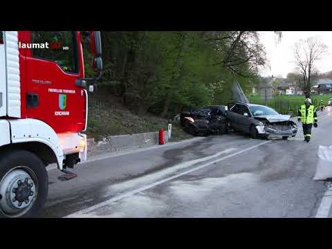 Schwerer Verkehrsunfall in Vorchdorf fordert drei Verletzte