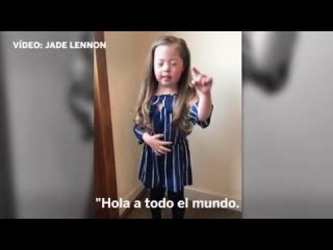 Veure vídeoUna niña de 5 años anima a celebrar el Día Mundial del Síndrome de Down