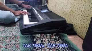 TAK TEGA Oma Irama  KARAOKE  PSR a 2000 COVER Video