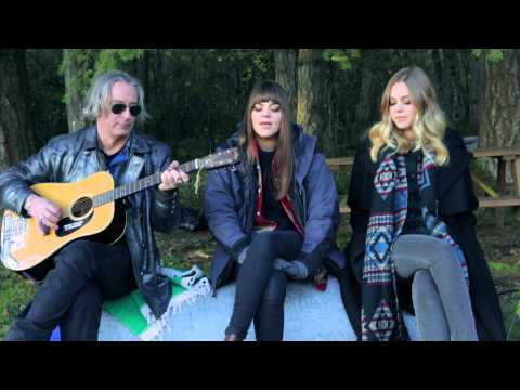 "Peter Buck Joins First Aid Kit for ""Walk Unafraid"" Cover"