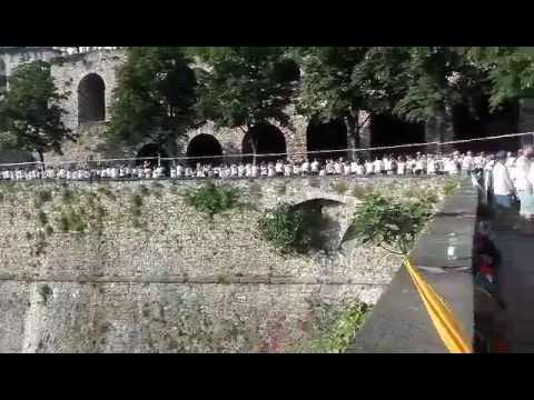 Bergamo da record: ecco l'abbraccio delle mura
