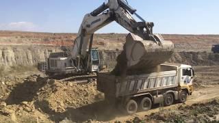 Video Liebherr 984 Excavator MP3, 3GP, MP4, WEBM, AVI, FLV Februari 2019