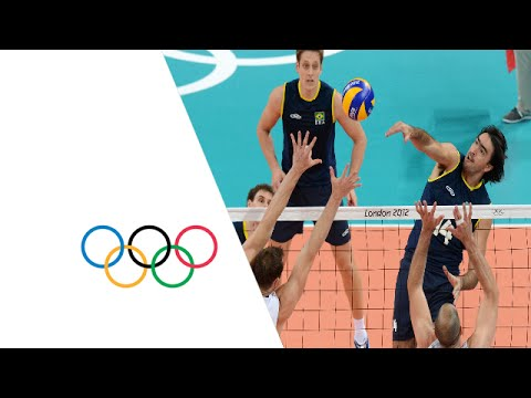 nu masculino - Brazil take on the USA in the preliminary rounds Pool B contest of the men's volleyball at the London 2012 Olympic Games (2 August). Subscribe to the Olympic...