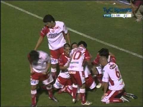 Gol de Avendaño a Gimnasia de Jujuy