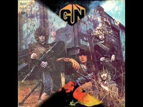 Gun - Situation Vacant online metal music video by GUN