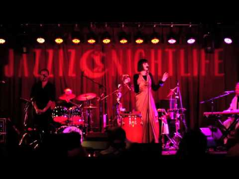 Swingout Sister - Breakout (Slow) Live at Jazziz Nightlife