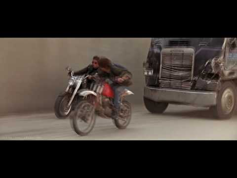 TERMINATOR 2: Judgement Day - Truck Chase Scene
