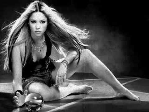 Tekst piosenki Shakira - The Day And The Time (feat. Gustavo Cerati) po polsku