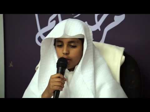 #فيديو أبن إمام الحرم المكي الشيخ ماهر المعيقلي يختم القرآن بحضور والده