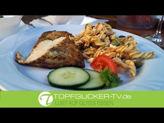 Laussnitzer Backhuhn, mediterran mariniert und im Steinbackofen gebacken