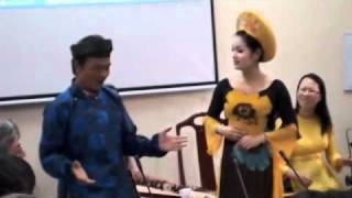 Vietnamese Music Hue University 5