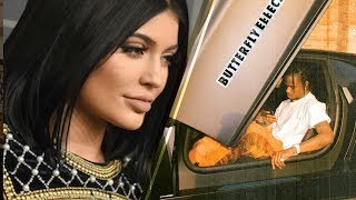 Video Kylie Jenner LEFT OUT of Boyfriend Travis Scott's Music Video About Her MP3, 3GP, MP4, WEBM, AVI, FLV November 2017