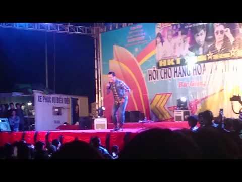 Tuấn Hưng tại hội chợ Bắc Giang Ngày 18/11/2014