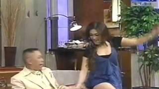 Video Tukul remas pantat Bella Saphira.. emang lucu ya ?!!! MP3, 3GP, MP4, WEBM, AVI, FLV Agustus 2018