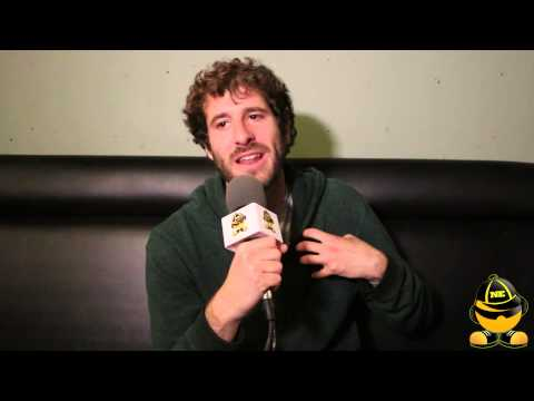 "Lil Dicky Discusses ""Professional Rapper"", Making Serious Music Videos & Getting Back Into Writing"