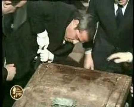 apertura della tomba di padre pio