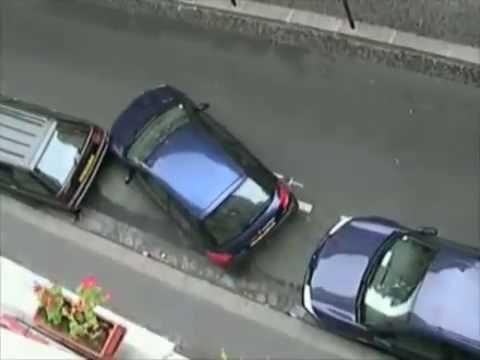 ecco come fare quando l'auto non entra nel parcheggio