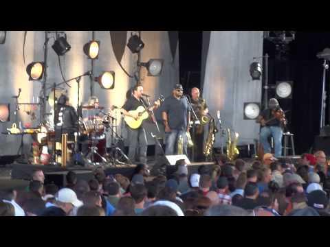 Dave Matthews Band – Stolen Away – Woodlands, TX 5/16/14