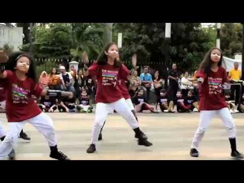 Animal Pop Family - Indonesia Dance Festival Day 4