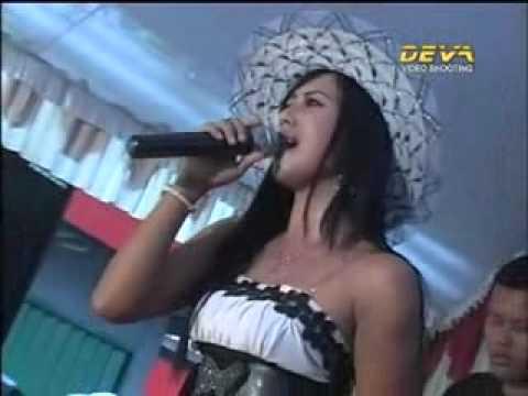 Mustika - Asmara Terpendam - Acha Kumala.flv