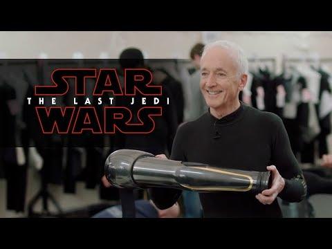 Star Wars: Los Últimos Jedi - Droid School Featurette?>