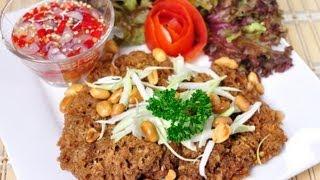 [Thai Food] Deep Fried Tuna Salad With Spicy Sour Green Mango Dressing (Yum Pla Tuna Fu)