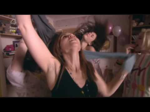 """Skins Season 3 Episode 4 - """"The brownie effect"""" (""""Livin' On A Prayer"""" song)"""