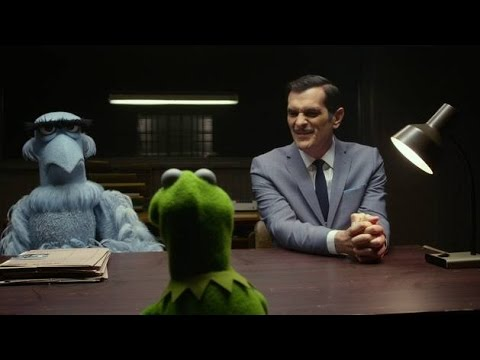 "Canción de Interrogatorio /Interrogation Song/ HD Latino ""Muppets Most Wanted"""