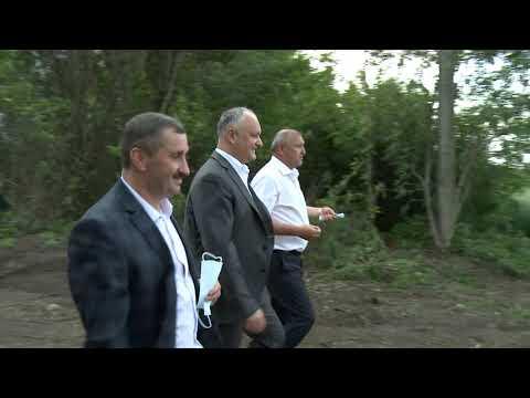 Șeful statului a vizitat cîteva întreprinderi agricole din raionul Dondușeni