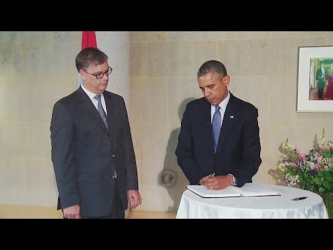 president - President Obama visits the Embassy of the Netherlands in Washington, D.C. and signs a condolence book for those killed in the shoot-down of Malaysia Airlines Flight MH17 in eastern Ukraine....