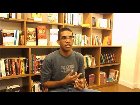 Book Trailer: No Vermelho - Crônicas para rir e para contar
