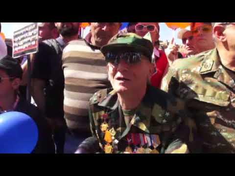 Պատերազմի վետերանները՝  Հանրապետության հրապարակում - DomaVideo.Ru