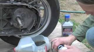 9. 07+ Suzuki Burgman 400- Final Drive Oil Change