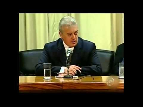 Nascido Em Paraguaçu Paulista Aldemir Bendine  Presidente Da Petrobrás