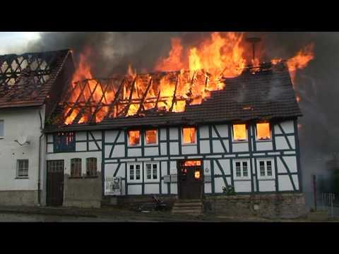 Rhena: Fachwerkhaus komplett abebrannt