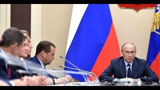 Video THE BOSS: Angry Putin Slams Russian Minister of Transport For Not Doing His Job! MP3, 3GP, MP4, WEBM, AVI, FLV Februari 2019
