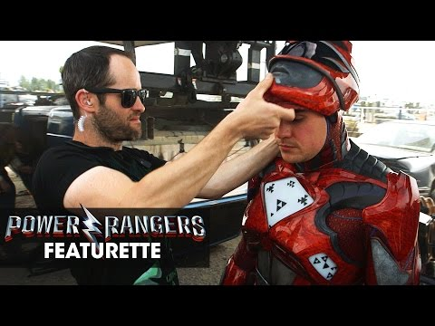 Power Rangers (Featurette 'Bigger and Better')