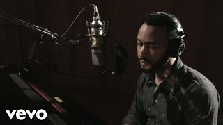 John Legend, The Roots - I Can't Write Left Handed (Live In Studio)