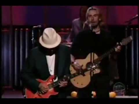 Santana feat. Chad Kroeger (Nickelback) - Into The Night (Live) - Video with Lyrics/Subtitles