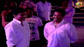 Video Pawan Kalyan and Jr NTR Chit Chat In Ram Charan Engagement MP3, 3GP, MP4, WEBM, AVI, FLV Januari 2019
