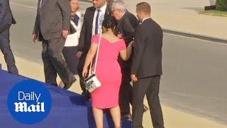 Pijany Przewodniczący Komisji Europejskiej ledwie stoi na nogach
