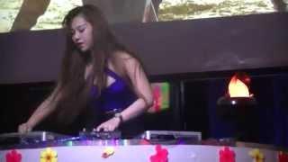 DJ Mindy Ngực Trắng Mặt Xinh On The Mix Window Cafe Bình Dương