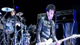 The Cure -  Friday Im In Love (Bestival 2011) Video