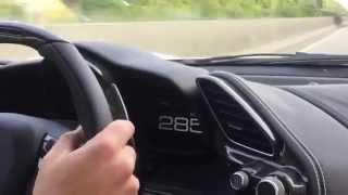 Il roule à 341 km/h sur une autoroute allemande avec une Ferrari 488 GTB