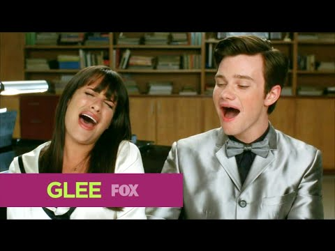 , title : 'GLEE - Full Performance of ''Happy Days Are Here Again/Get Happy'' from ''Duets'''