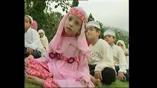 Video Haddad Alwi - Ya Nabi Salam Alaika MP3, 3GP, MP4, WEBM, AVI, FLV Mei 2018