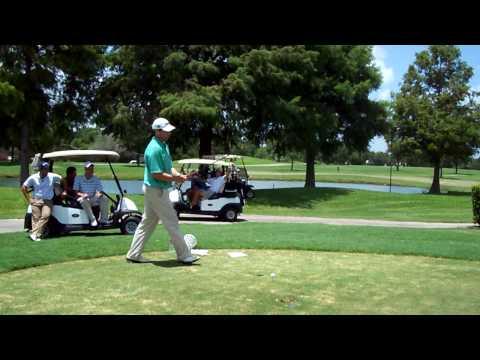 NGA Hooters Pro Golf Tour – Jim Renner (Plainville, MA) Modelo Long Drive Competition Intro
