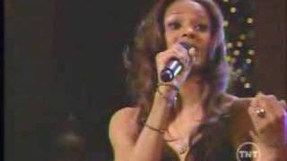 Ciara - Away in a Manger - Christmas In Washington - YouTube