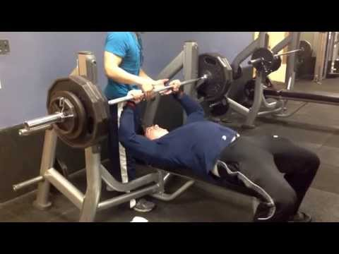 Close-grip 385lbs for 1 Easy
